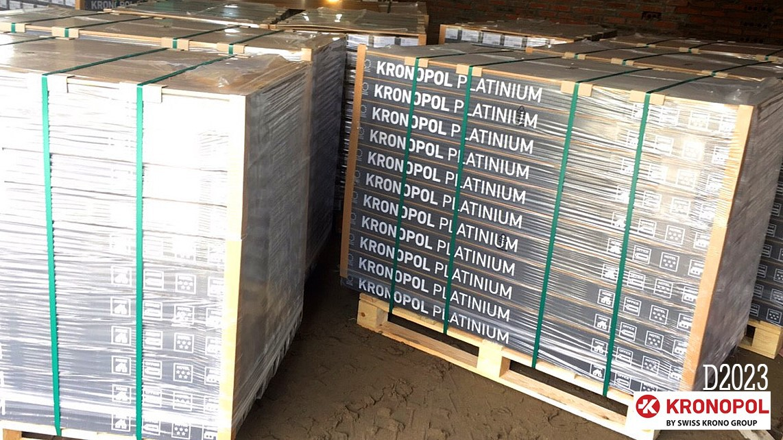 Bàn giao 2500m2 sàn gỗ Kronopol D2023 - Tổ hợp DV & Khách sạn Grand Fleuve Quảng Ninh