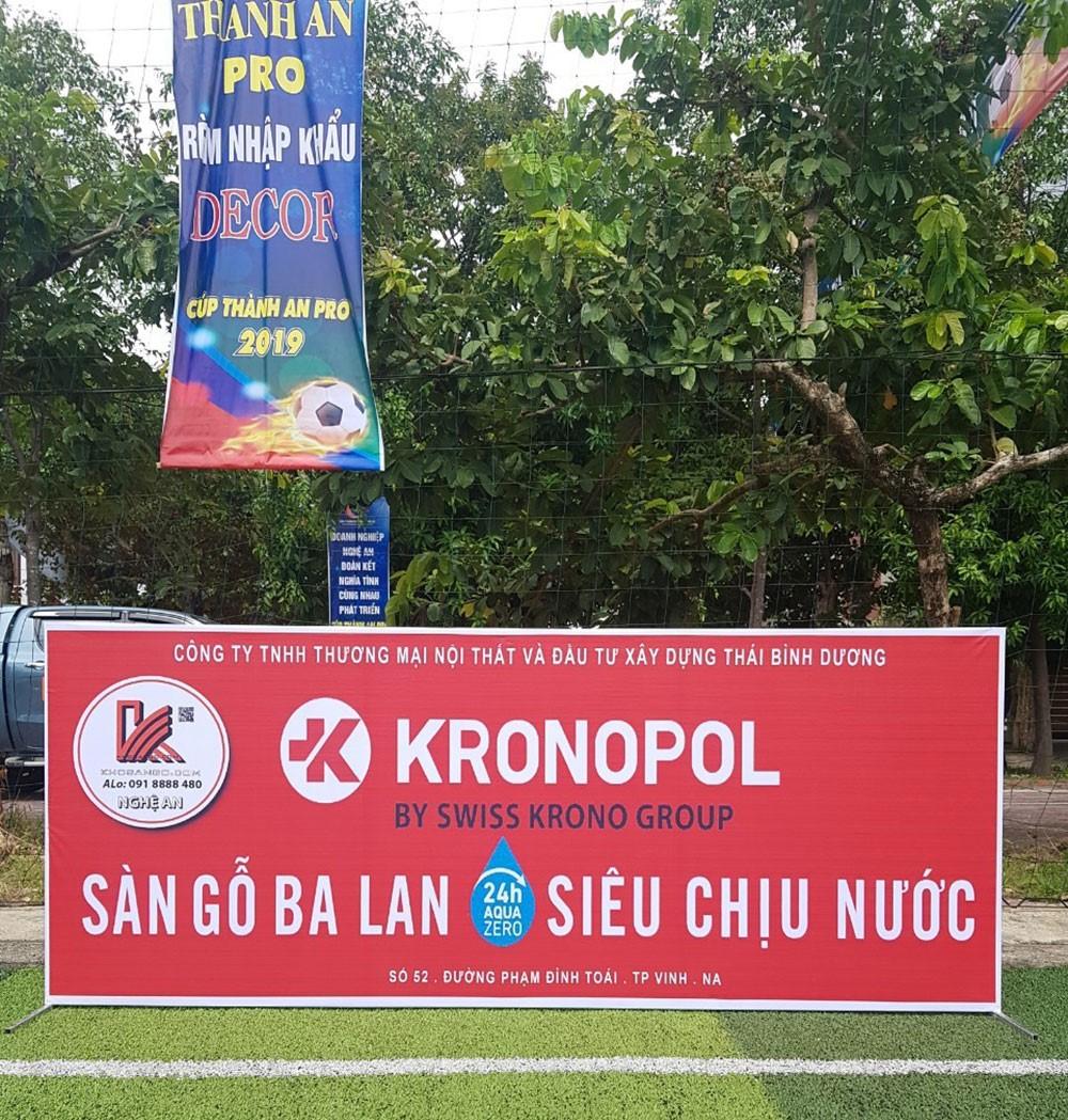 Sàn gỗ Kronopol tham gia thi đấu