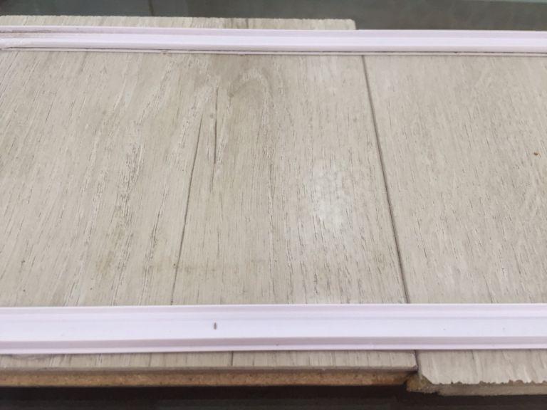 Kiểm tra sàn gỗ siêu chịu nước