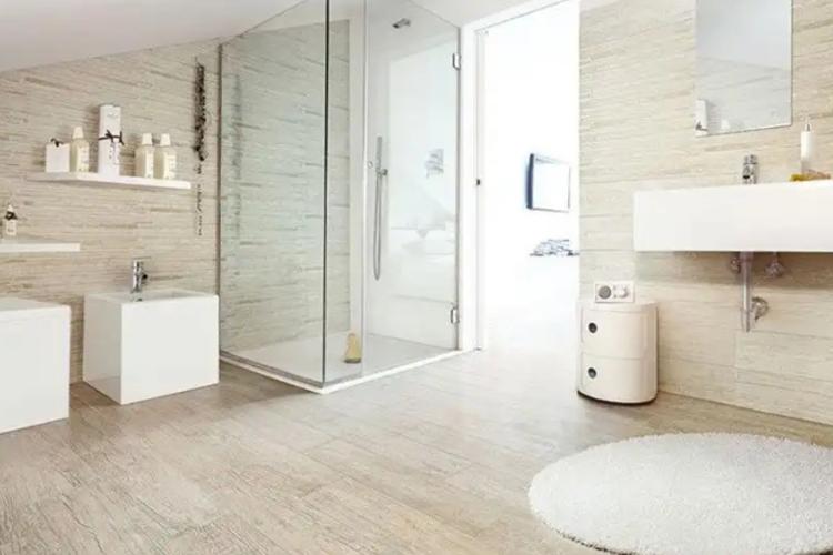 Vì sao bạn nên lát sàn gỗ cho phòng tắm