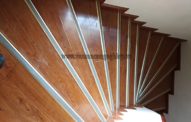 Gỗ HDF thích hợp nhất cho mục đích lát gỗ công nghiệp cho cầu thang