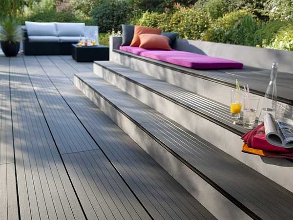 Ưu và nhược điểm khi lựa chọn sàn gỗ ngoài trời cao cấp